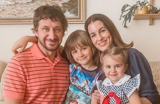 """""""Posíláme tátovi dopis"""": Lucie Křížková zveřejnila dojemný dopis odsouzenému manželovi do vězení"""