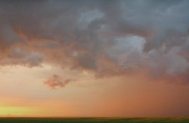 Tropického počasí o víkendu se nedočkáme: Český hydrometeorologický ústav zveřejnil aktuální předpověď