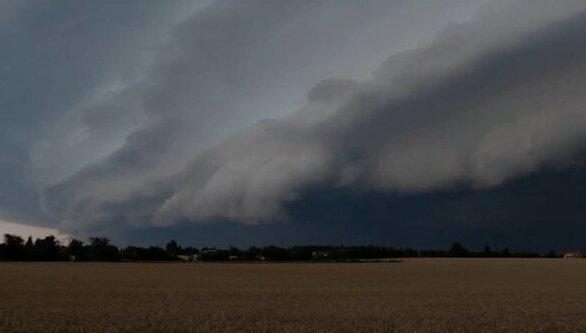 """""""Očekává se výskyt silných bouřek s přívalovými srážkami"""": Týdenní předpověď. Jakých teplot se dočkáme"""