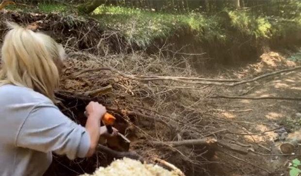 """""""Myslím si, že když budeme dávat pozor, nic se nestane"""": Vendula Pizingerová s manželem Josefem a synem se dostala do lesní pasti v Rumunsku"""