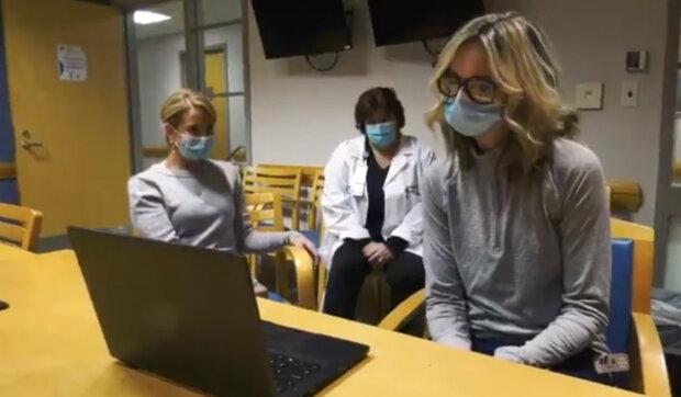 Poděkoval za práci: Český hokejista daroval auto neznámé ženě, která pracuje jako zdravotní sestra